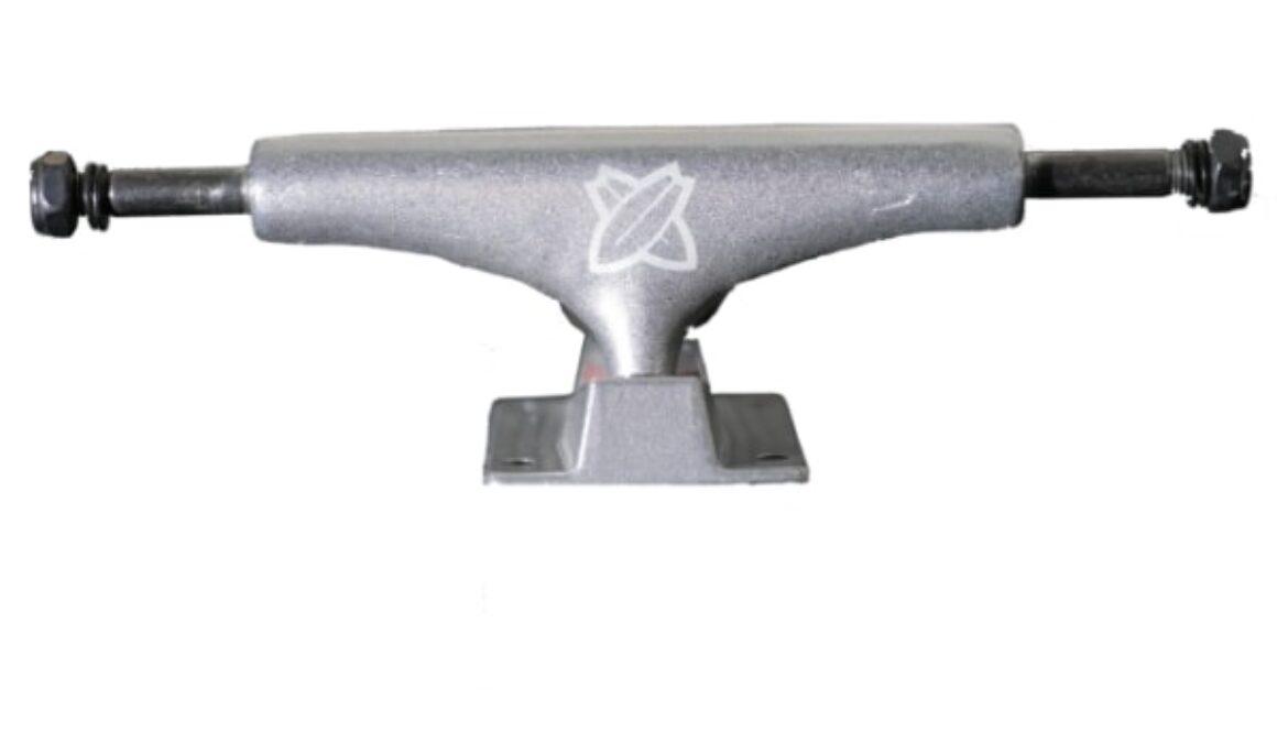 Skateboard truck gem